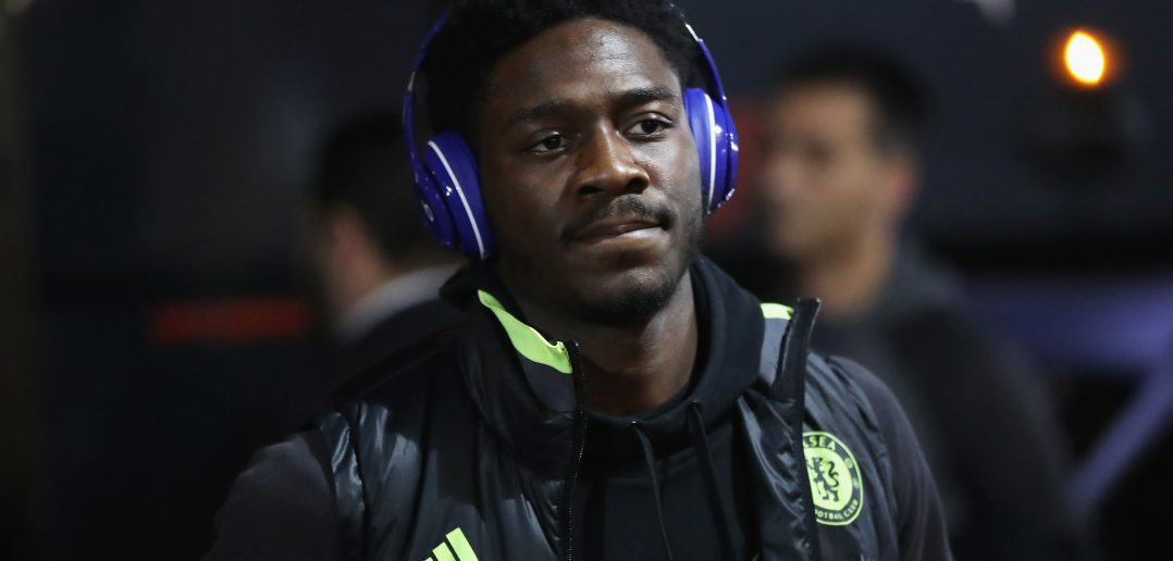 SUNDERLAND, ENGLAND - DECEMBER 14: Ola Aina of Chelsea arrives at the stadiium prior to kick off during the Premier League match between Sunderland and Chelsea at Stadium of Light on December 14, 2016 in Sunderland, England.  (Photo by Ian MacNicol/Getty Images)