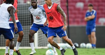 SINGAPORE - JULY 24: Kenedy of Chelsea  FC runs with the ball during a Chelsea FC International Champions Cup training session at National Stadium on July 24, 2017 in Singapore.  (Photo by Thananuwat Srirasant/Getty Images  for ICC)