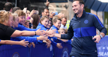 LONDON, ENGLAND - SEPTEMBER 22: Frank Lampard, Manager of Chelsea is greeted by fans as he arrives for the Premier League match between Chelsea FC and Liverpool FC at Stamford Bridge on September 22, 2019 in London, United Kingdom. (Photo by Laurence Griffiths/Getty Images)
